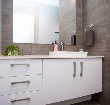 Gallery_Bathroom1