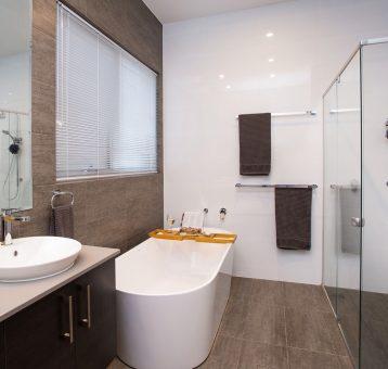 Gallery_Bathroom2