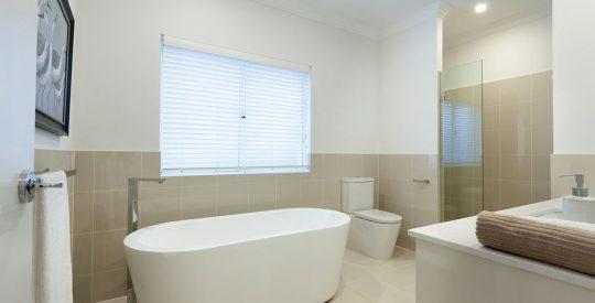 Lexington-Gallery-15-Bathroom